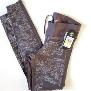 Under Armour compression running pants size medium
